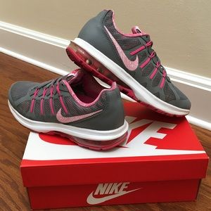 🔥Nike Air Max Dynasty MSL, Size 8